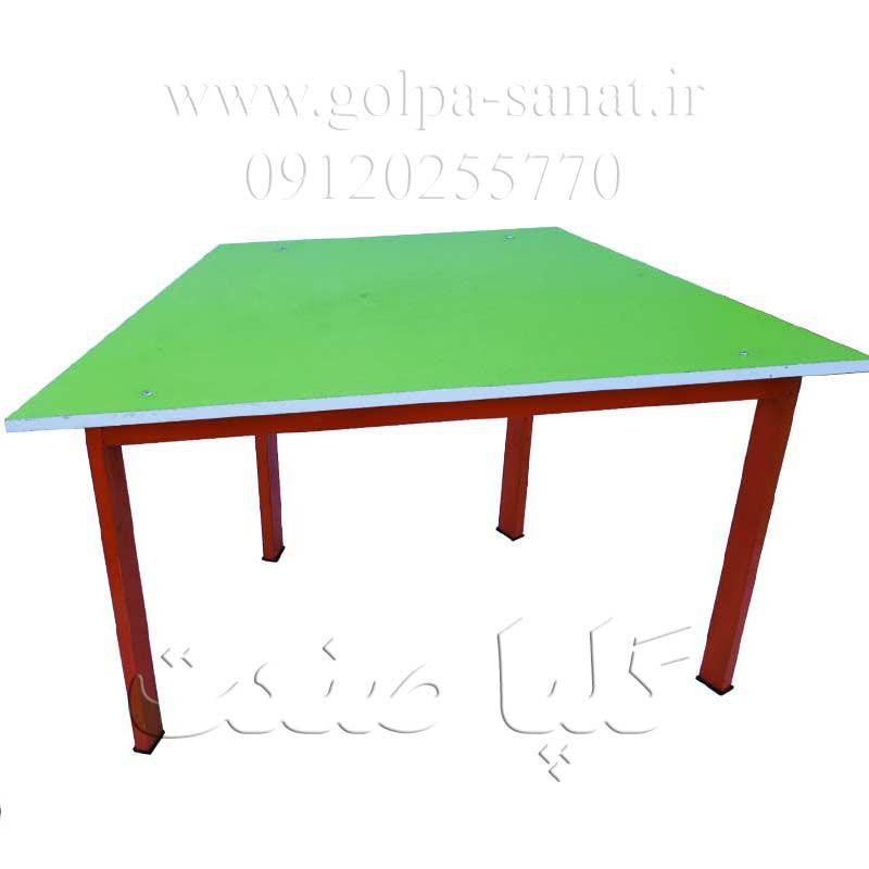 میز مهد کودک ذوزنقه ای کد D-027