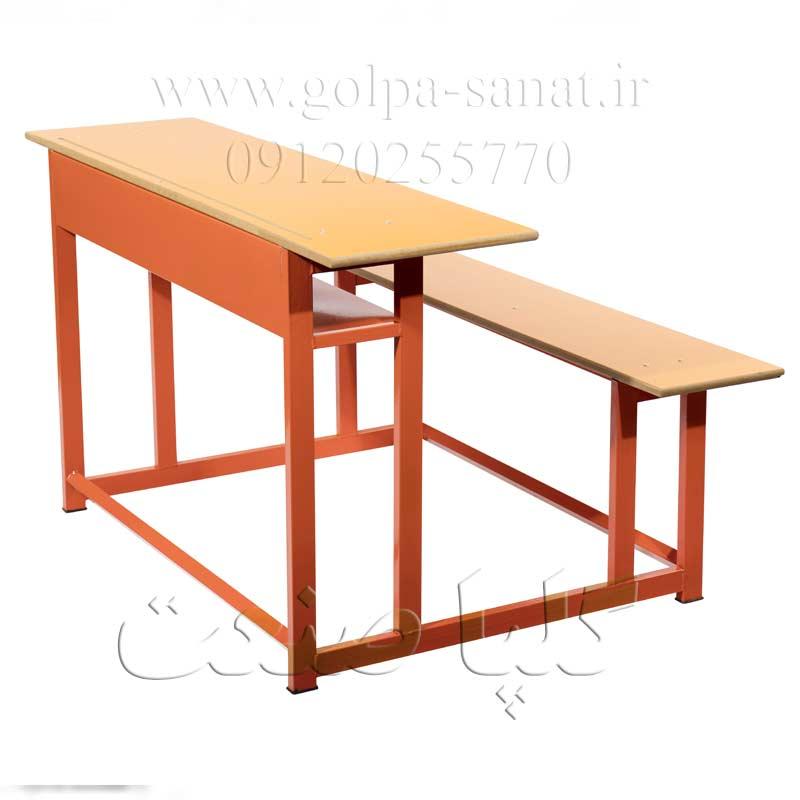 میز و نیمکت دانش آموزی قدیمی